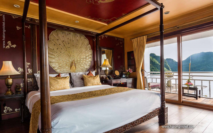 Halong Violet Room with Balcony
