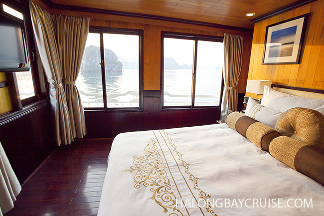 Aphrodite-Cruises-Terrace-Suite