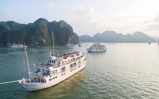 Paradise Luxury Cruise